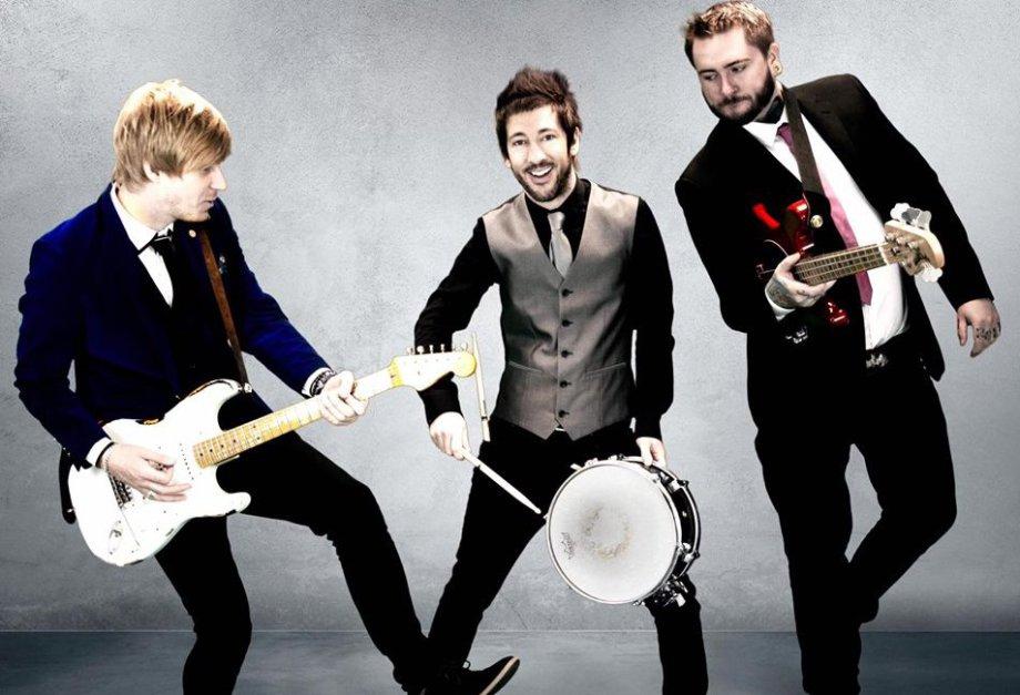 popular band for weddings