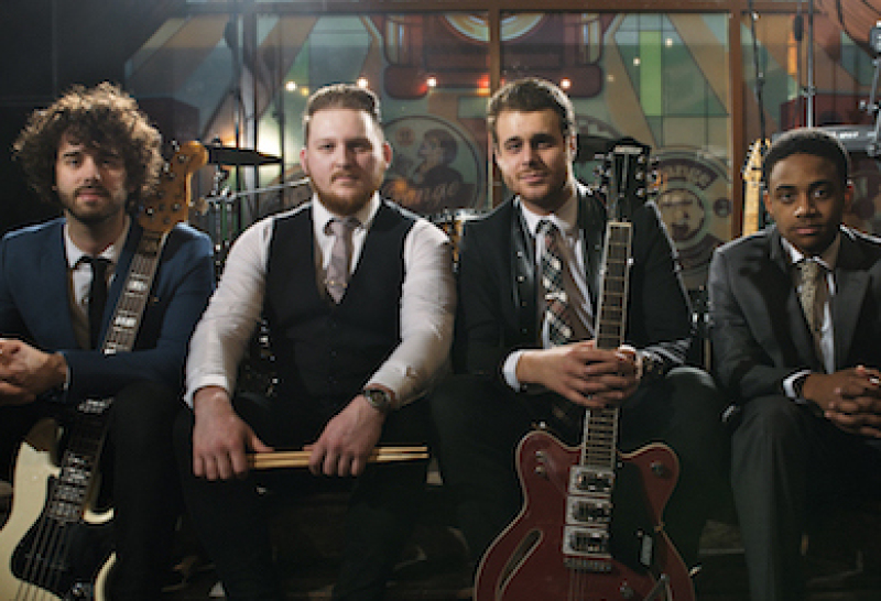 the wedding presents band